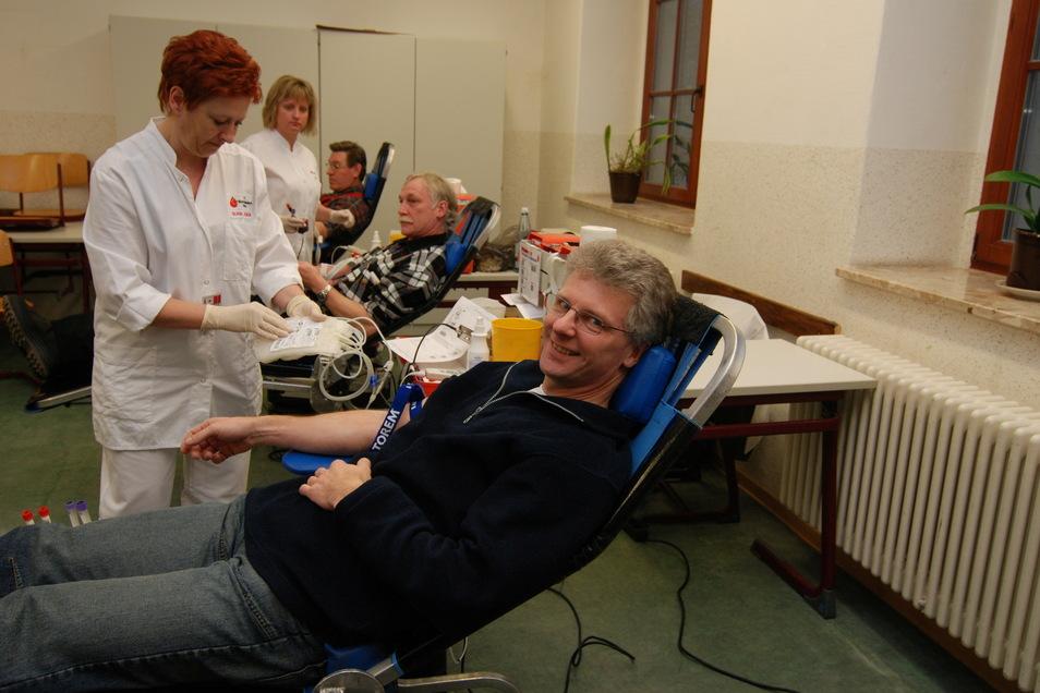 Der Sächsische.de-Redakteur Frank Korn spendet bereits seit 41 Jahren Blut.