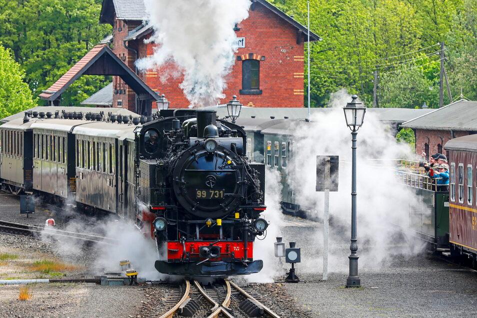 Am vergangenen Wochenende gab es seit langer Zeit wieder eine der beliebten Doppelausfahrten am Bahnhof Bertsdorf.