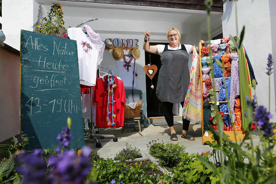 Die Friedersdorferin Monika Messmer startete jetzt mit ihrem Zuhauselädchen für Naturwaren. Außerdem hofft sie, dass jetzt trotz Corona-Krise noch einige Kreativ- und Herbstmärkte stattfinden.