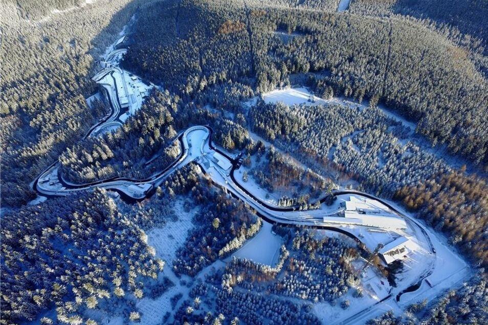 Die Kurven 11, 12 und 13 auf der Altenberger Bobbahn sollen bis zur WM 2020 entschärft werden. Das haben die Kreisräte am Montagabend beschlossen.