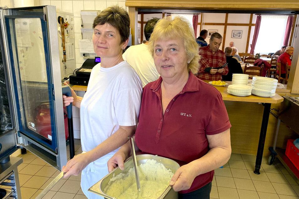 Das Sport- und Freizeitzentrum Zittau versorgt die Schulen in Zittau und Umgebung wieder mit Essen - allerdings noch nicht in dem Umfang wie vor der Corona-Krise.