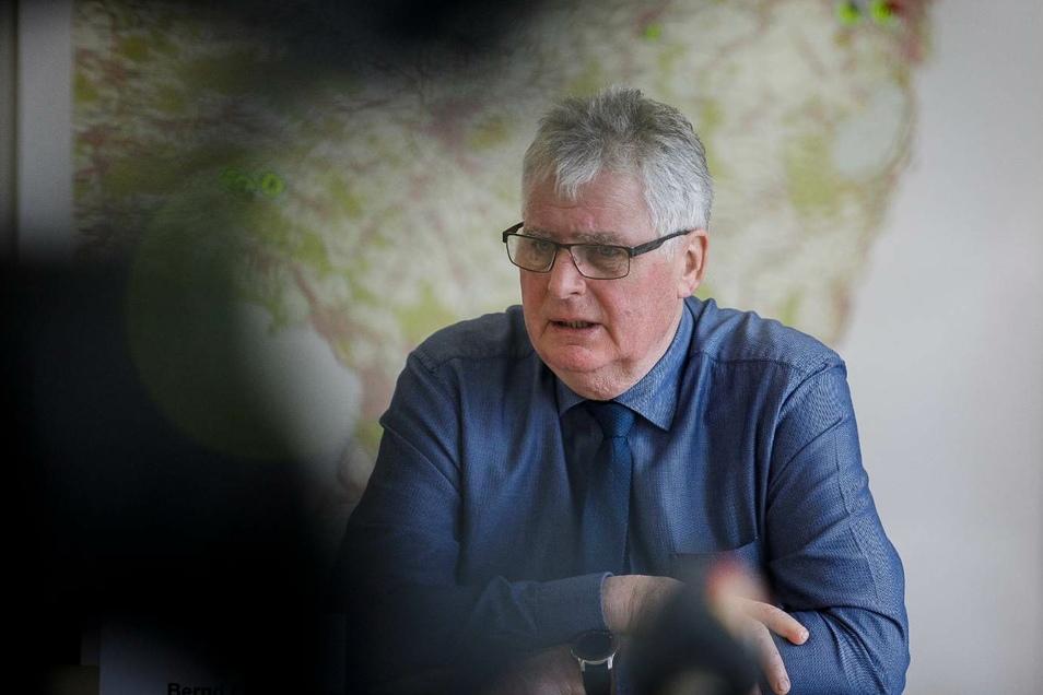 Der Görlitzer Landrat Bernd Lange hat eine sinnvolle Alternativ-Idee zur abgesagten Verlängerung der B 178.