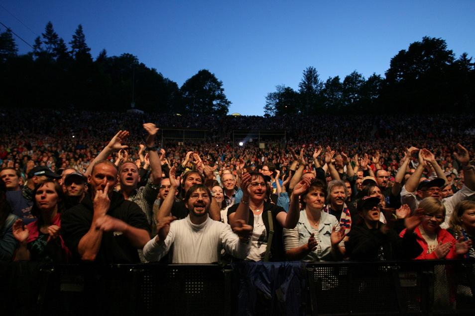Ein volles Haus ist auf der Kamenzer Hutbergbühne mittlerweile bei fast jedem Open Air garantiert - egal welches Genre. Doch ob dieses Jahr überhaupt Konzerte stattfinden können, ist fraglich.