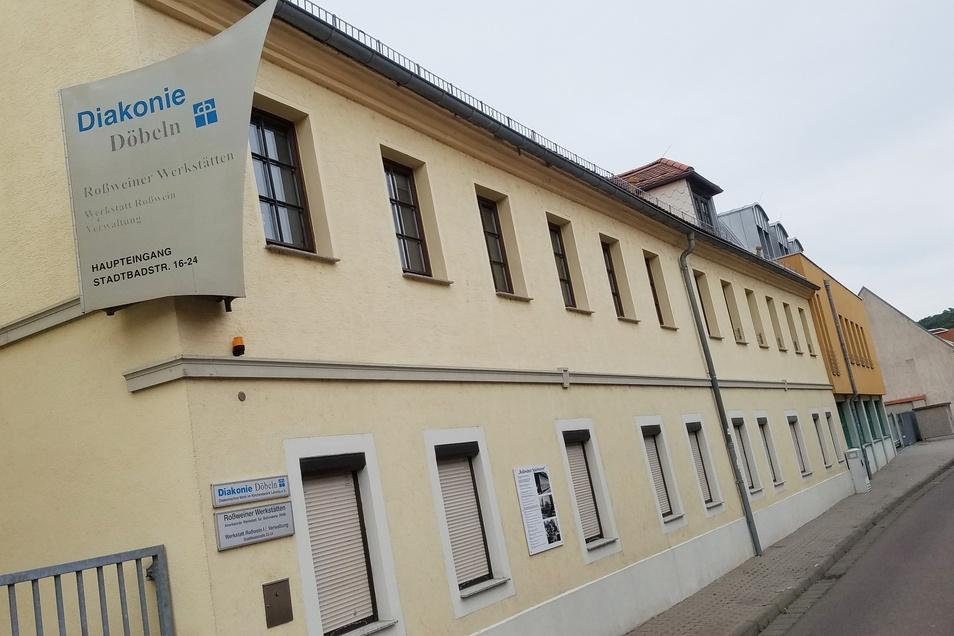 In den Roßweiner Werkstätten an der Stadtbadstraße wird am Montag nicht gearbeitet. Es gibt einen Verdachtsfall unter den Mitarbeitern.