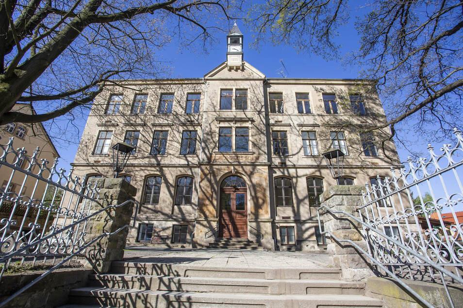 Kleinnaundorfs ehemalige Schule soll Vereinshaus mit Heimatmuseum werden..