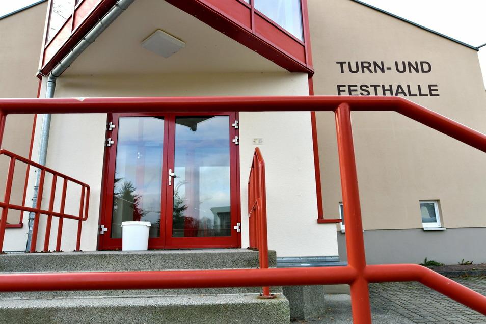 Die Turn- und Festhalle in Neusalza Spremberg wird saniert.