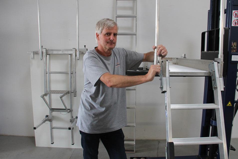 Hans Jürgen Schade, Geschäftsführer der Firma Werkfreund, die Treppen und Leitern in Dreistern herstellt, hat jetzt den Ausbau abgeschlossen.