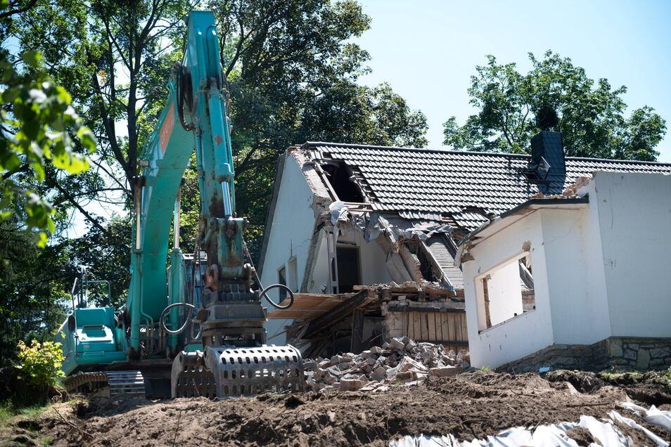 Das Abrissgebäude in Wachwitz wurde vor 1,5 Jahren noch bewohnt.