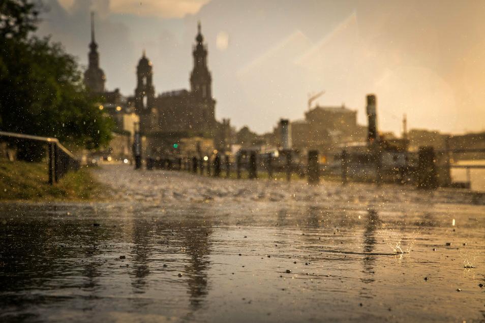Auch im trockenen Jahr 2020 gab es Ausnahmen. So fiel im Februar, August und Oktober deutlich mehr Regen als normal.