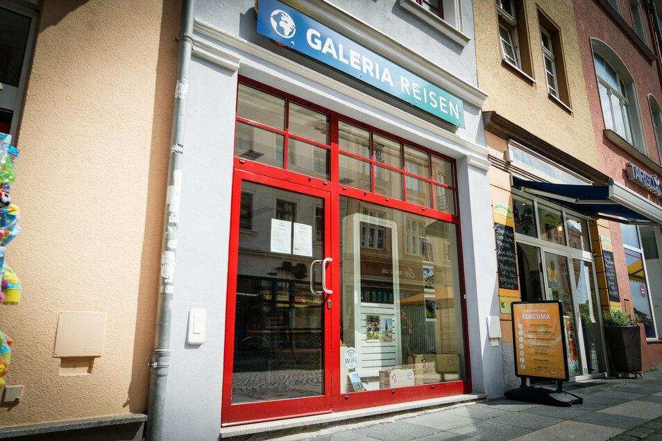 Galeria Reisen in der Bautzener Reichenstraße war bereits seit Wochen coronabedingt für Kunden geschlossen - und öffnet jetzt auch nicht mehr.