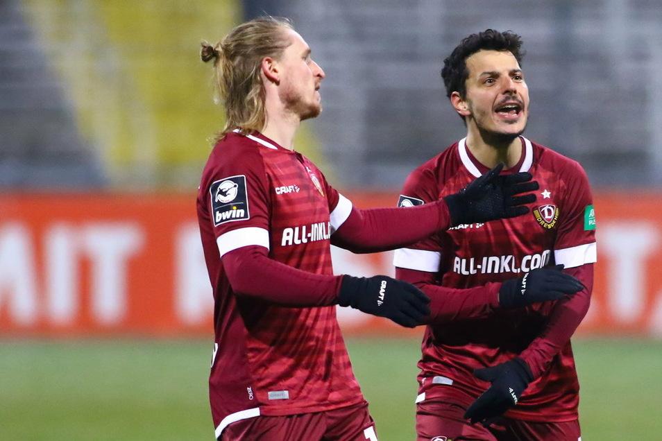 Ungläubig nehmen Marvin Stefaniak (l.) und Philipp Hosiner die Niederlage gegen Türkgücü zur Kenntnis. Doch für das 0:1 in München gibt es Gründe.
