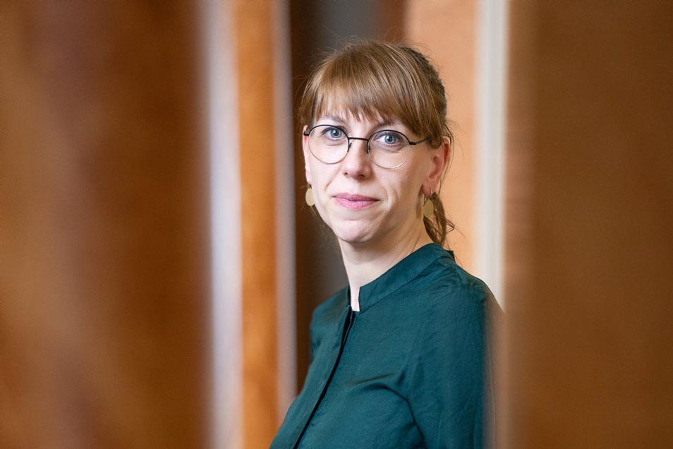 Katja Meier von den Grünen verantwortet als Justizministerin in Sachsen zusätzlich die Bereiche Demokratie, Europa und Gleichstellung.
