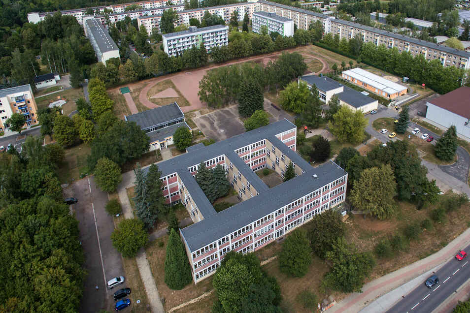 Auf dem Gelände der Grundschule Ost wird das neue Schulzentrum entstehen. Ob das alte Schulhaus erhalten bleibt, ist noch nicht klar. Die bisherigen Ideen sprechen eher dagegen.