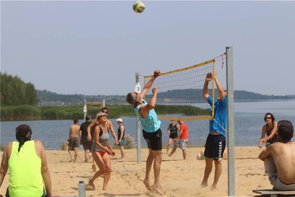 Das nächste Highlight fand im Sand statt. Am Sonnabend begeisterteten die Aktiven beim Euroimmun-Beachvolleyballturnier die Zuschauer.