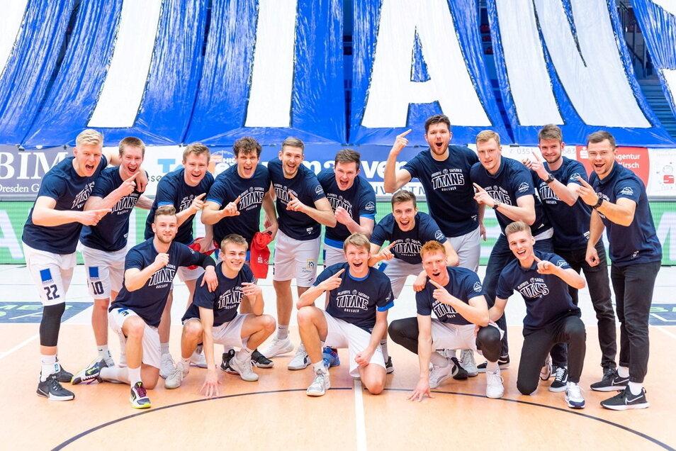 Geballte Dresdner Basketball-Power. Die Titans sind vorzeitig Hauptrundenmeister der Südstaffel der zweigeteilten dritthöchsten Spielklasse.