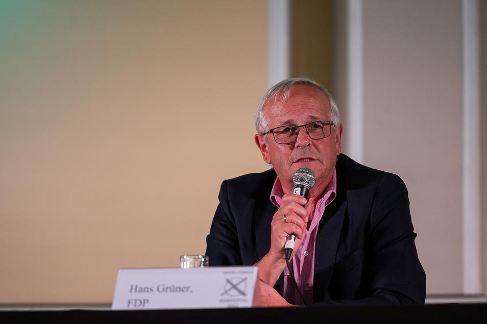 Hans Grüner (FDP) ist neuer Kreisvorsitzender der FDP im Kreis Görlitz. Hier auf einem Wahlforum der Landeszentrale für politische Bildung im September in Görlitz.