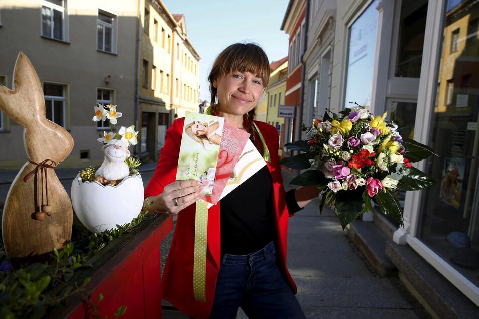 City-Managerin Anne Hasselbach unterstützt auch in Corona-Zeiten die Kamenzer Einzelhändler, damit sie ihre Kunden trotz Ladenschließung möglichst nicht verlieren.