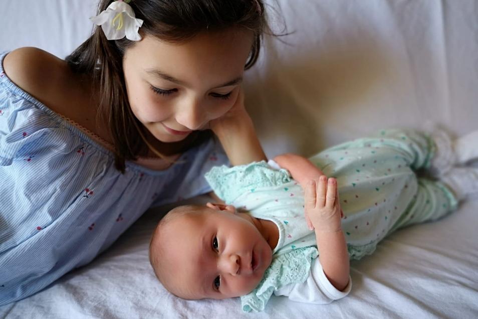 Luise, geboren am 1. Juni, Geburtsort: Bautzen, Gewicht: 3.110 Gramm, Größe: 54 Zentimeter, Eltern: Evelyn Kirschky und Steven Heine, Wohnort: Großdubrau