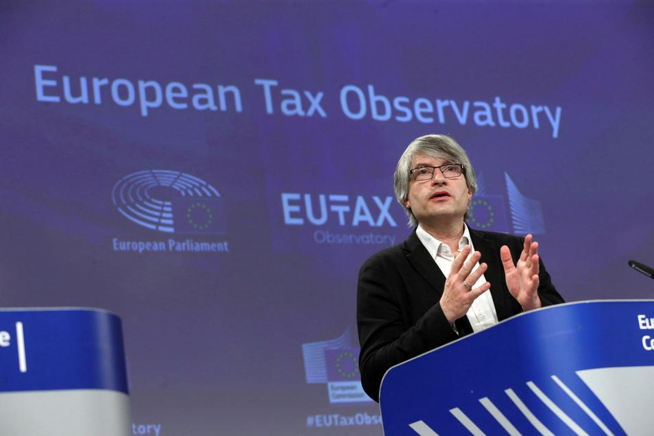 Sven Giegold, Grünen-Europaabgeordnete, spricht während einer Pressekonferenz zum Start der Europäischen Steuerbeobachtungsstelle im EU-Hauptquartier in Brüssel.