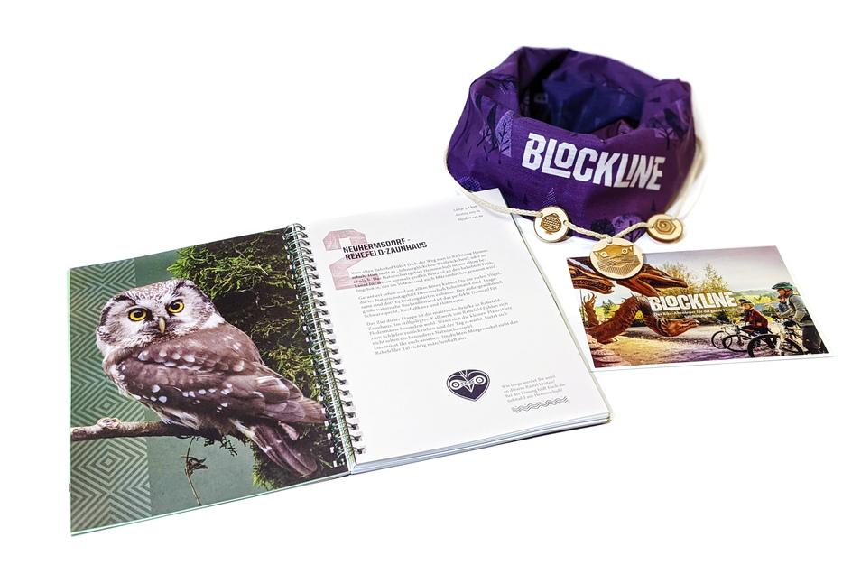 Das Blockline-Starterpaket für 29 Euro beinhaltet das Abenteuerhandbuch, ein Funktionstuch, eine lustige Halskette und Postkarten.