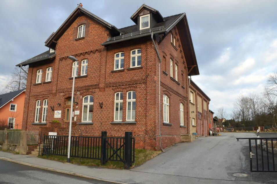 Im Gebäude auf der Gersdorfer Straße hat die OLTG ihren Sitz. Zuvor war da die Firma RIS ansässig.