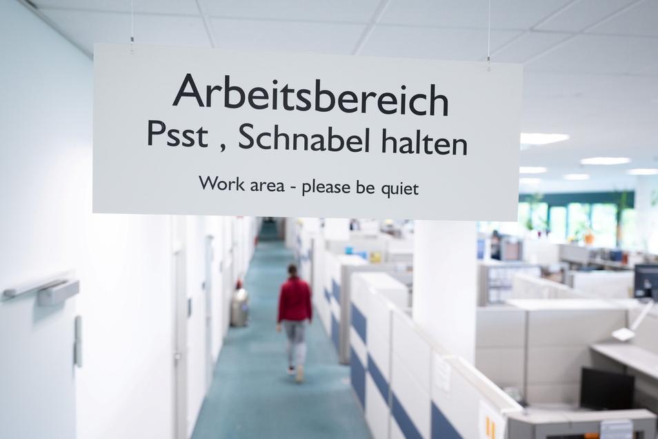 Der Büroalltag wird sich ändern in Deutschland - auch wenn am 1. Juli die Homeoffice-Pflicht endet.