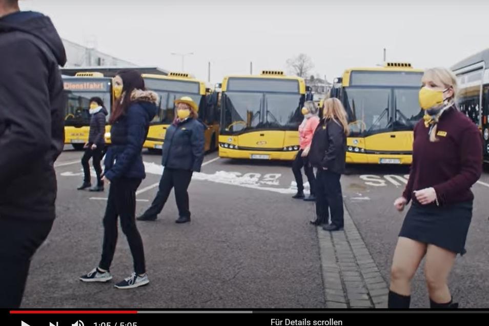 Die DVB-Mitarbeiter tanzen durch Dresden.