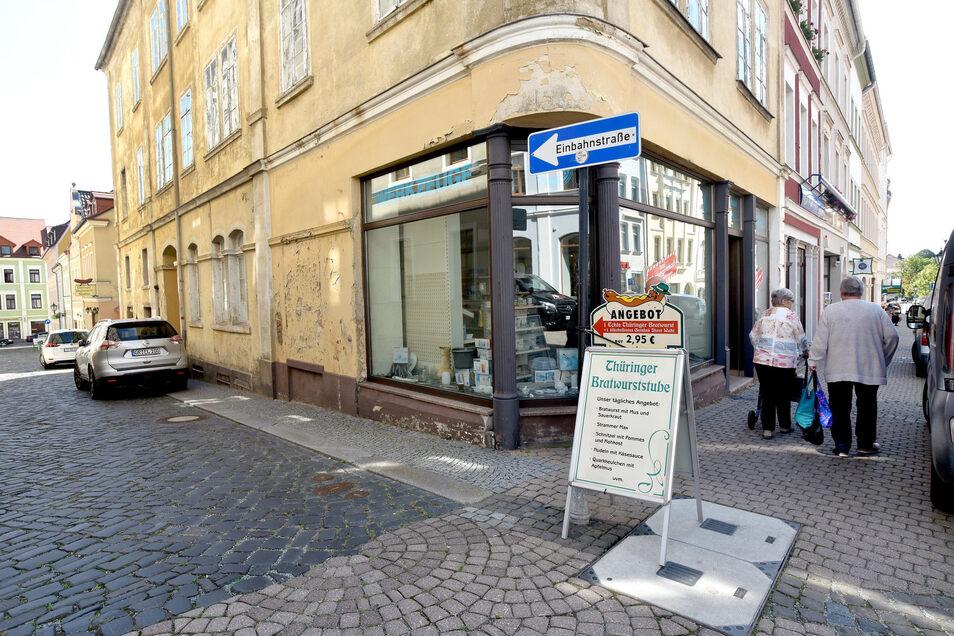 Über 100 Jahre gab es das Geschäft an der Ecke Eichelgasse. Nun soll das historische Haus saniert werden.
