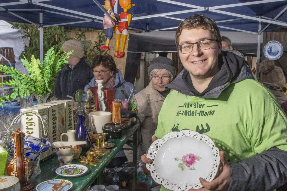Sven Schöne Anfang 2019 beim Riesaer Spendentrödelmarkt.