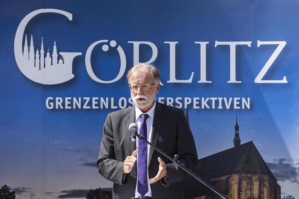 """""""Grenzenlose Perspektiven"""" nimmt Görlitz für sich in Anspruch. Und erntet damit mehr und mehr Unterstützung. Hier war es der Direktor des Senckenberg-Museums Frankfurt/Main, Volker Mosbrugger, bei einer Veranstaltung im Görlitzer Tierpark."""