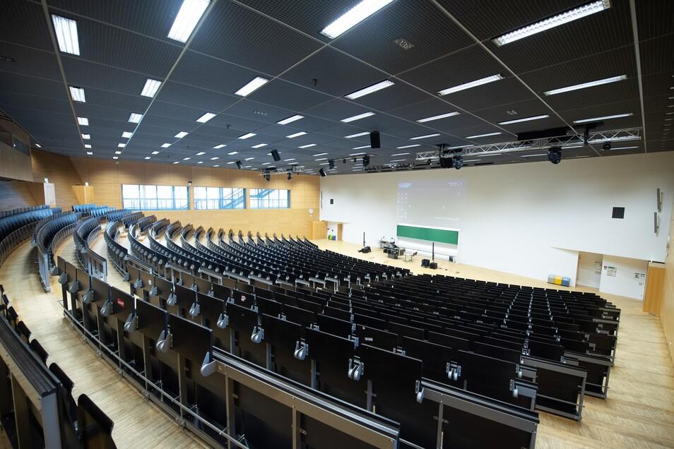 Die Hörsäle an Sachsens Hochschulen werden zum Semesterstart erst einmal leer bleiben. Das Sommersemester beginnt mit digitalem Unterricht.