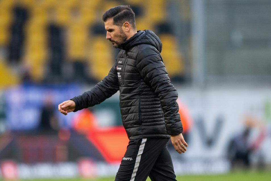 Der Abtritt von Cristian Fiel als Dynamo-Trainer spaltet die Anhänger. Doch eine Mehrheit hält die Trennung für richtig.