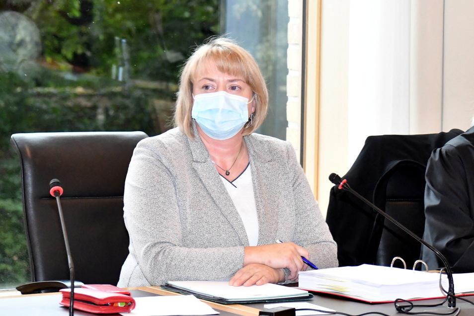 Am Montag hat der Prozess gegen die Dresdner Ortsvorsteherin Daniela Walter am Amtsgericht begonnen.