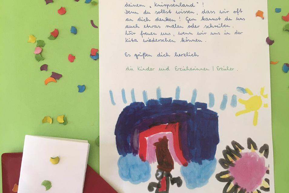Überraschung! Die Mädchen und Jungen aus der Kita Knirpsenland in Pirna schreiben an ihre Freunde, die zu Hause bleiben müssen.
