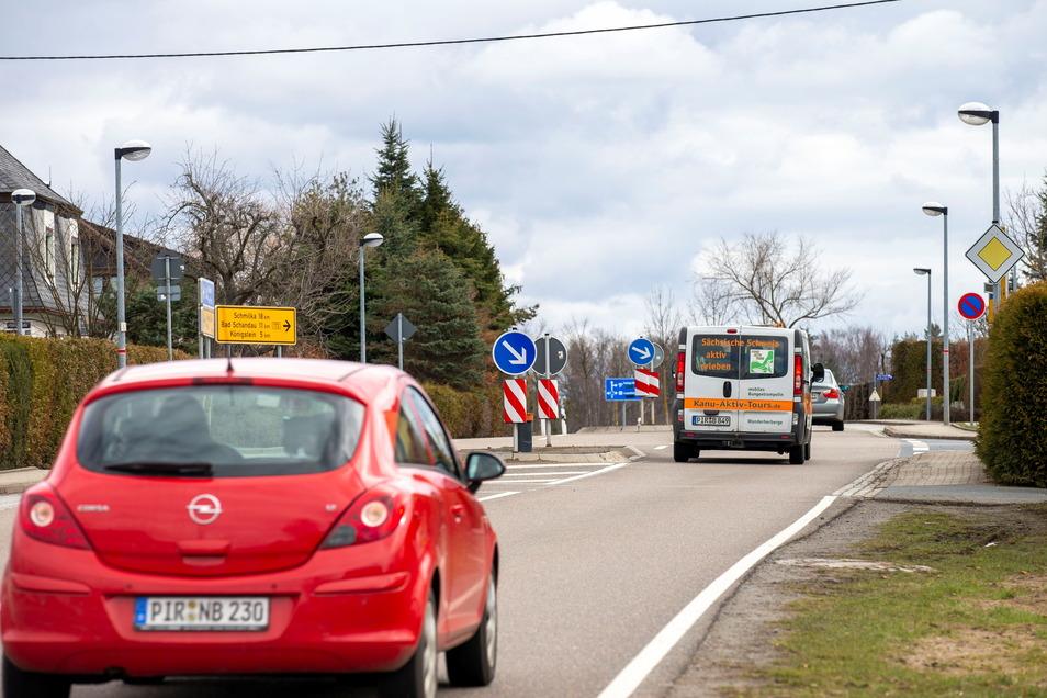 Viel Verkehr, keine Radarfalle: In Struppen-Siedlung fehlt seit fünf Monaten der stationäre Blitzer.