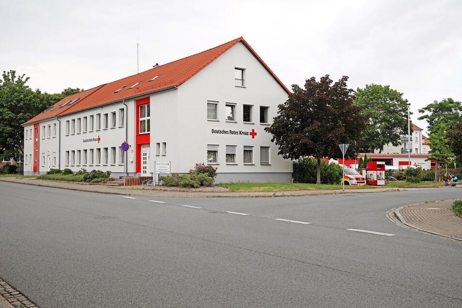 Bislang ist die Riesaer Rettungswache in der Kreis-Geschäftsstelle des DRK Riesa untergebracht.