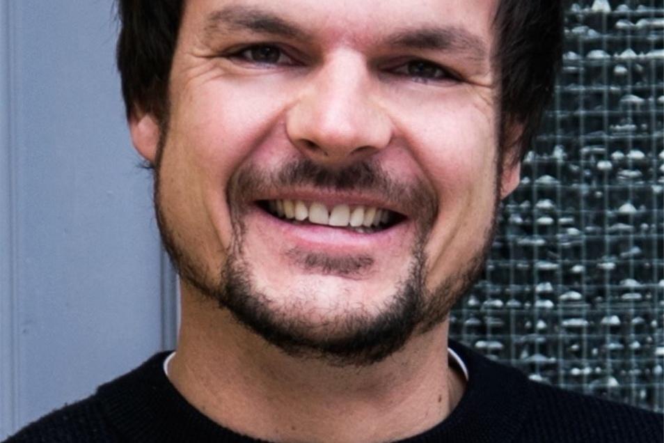 Michael Vollmann (35) ist Geschäftsführer von nebenan.de Stiftung gGmbH. Die Gesellschaft hat ihren Sitz in Berlin.