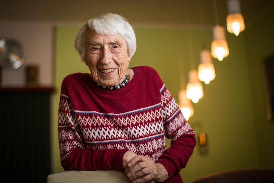 Mit Mitte 90 aktiv wie viele junge Leute nicht: Gerda Minkwitz kennt keine Langeweile.