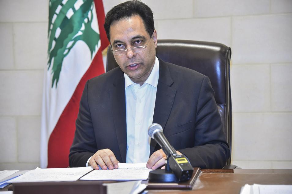 Der libanesische Premierminister Hassan Diab tritt zurück.