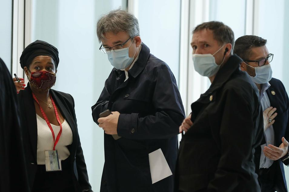 Charlie Hebdo Prozess Reisst Wunden Auf Sachsische De