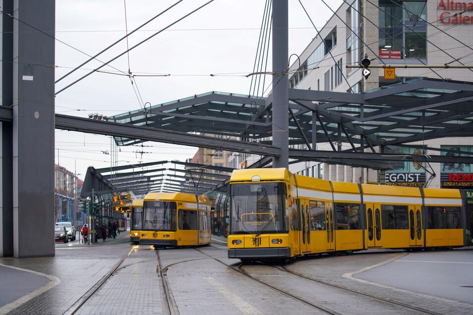 Kinder und Jugendliche können bald günstiger Bus und Bahn fahren.