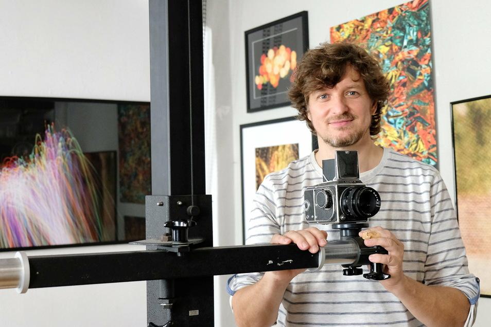 Daniel Bahrmann in seinem Meißner Atelier.
