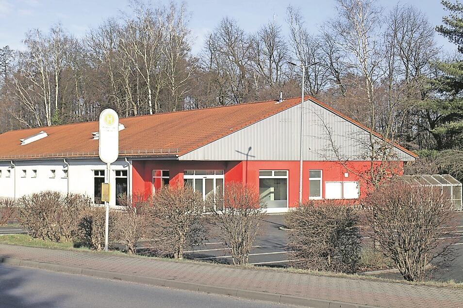 In der Ortsmitte in Krauschwitz steht das Ex-Netto-Gebäude seit einigen Monaten leer. Die Verkaufseinrichtung soll belebt und im Herbst neu eröffnet werden.