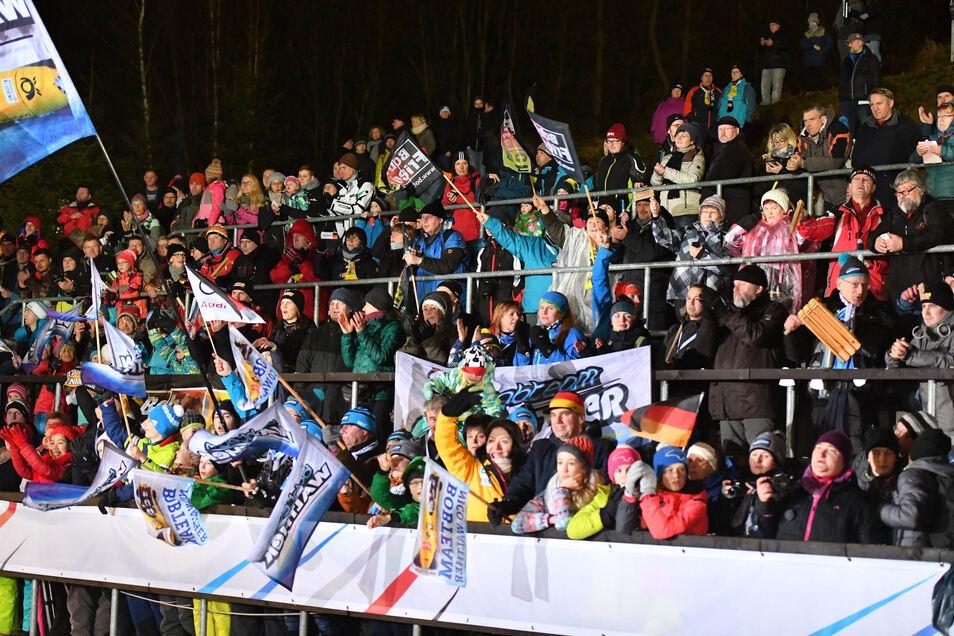 Die Stimmung an der Bobbahn in Altenberg wird zur WM sicher heiß.