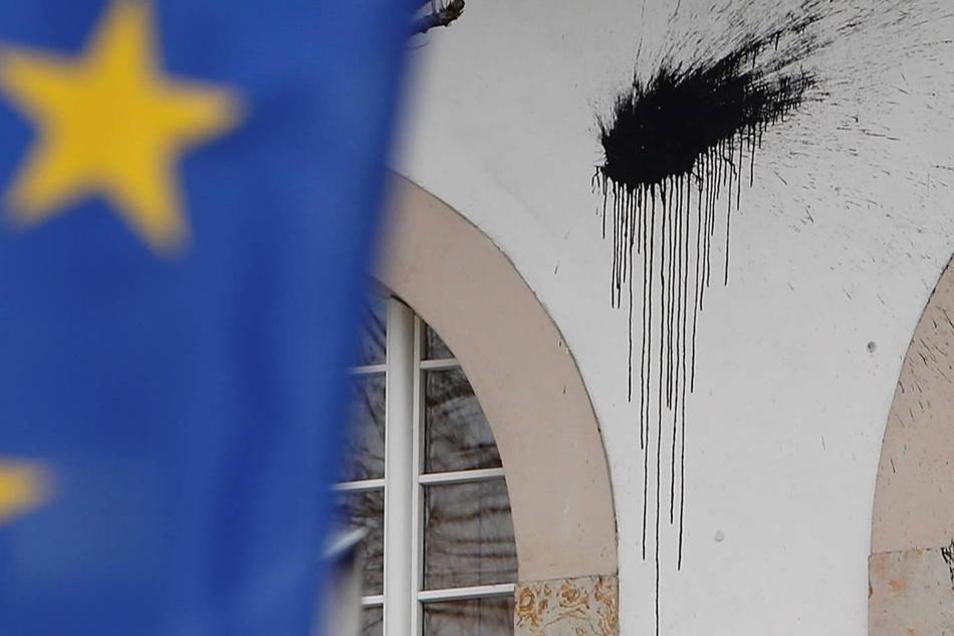 Der entstandene Sachschaden wird auf 10.000 Euro geschätzt.