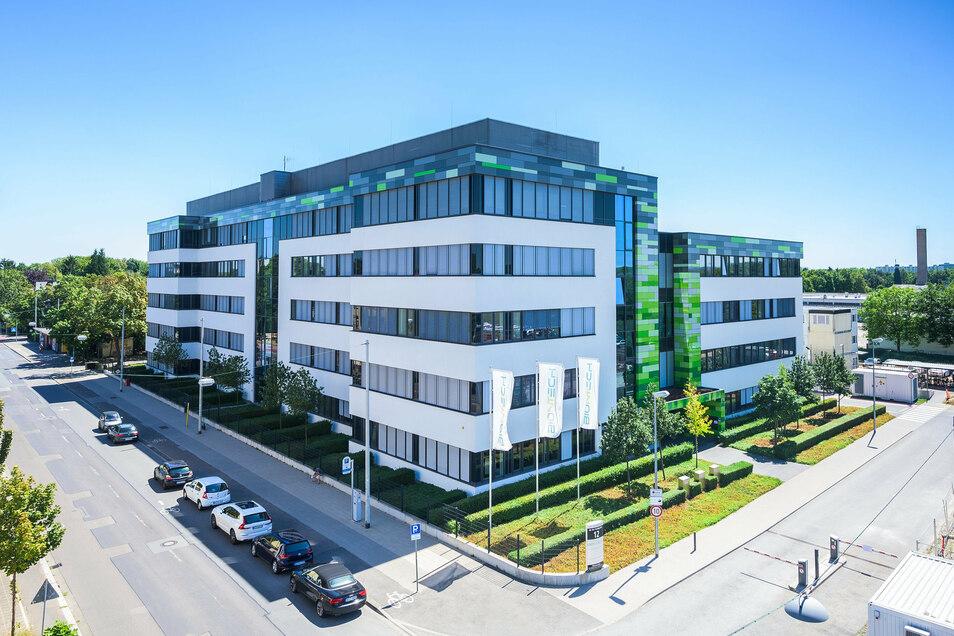 Der Hauptsitz des Biotechnologie-Unternehmens Biontech in Mainz. Das Unternehmen engagiert sich intensiv in der Forschung zu einem Corona-Impfstoff.
