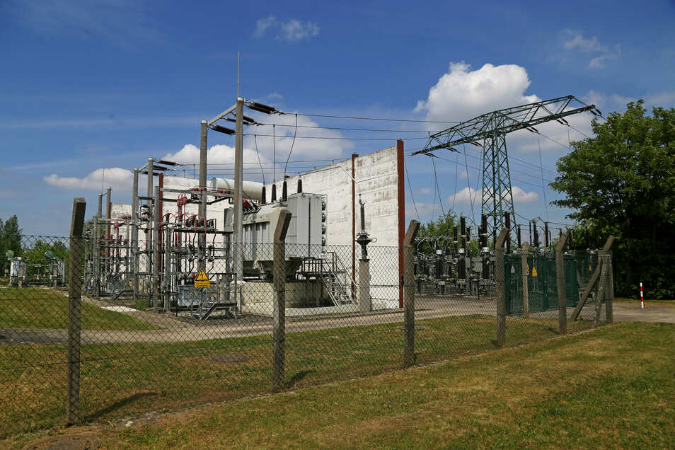 Im Mai havariert, jetzt wieder im regulären Betrieb: das Riesaer Umspannwerk Nord im Ortsteil Gröba.