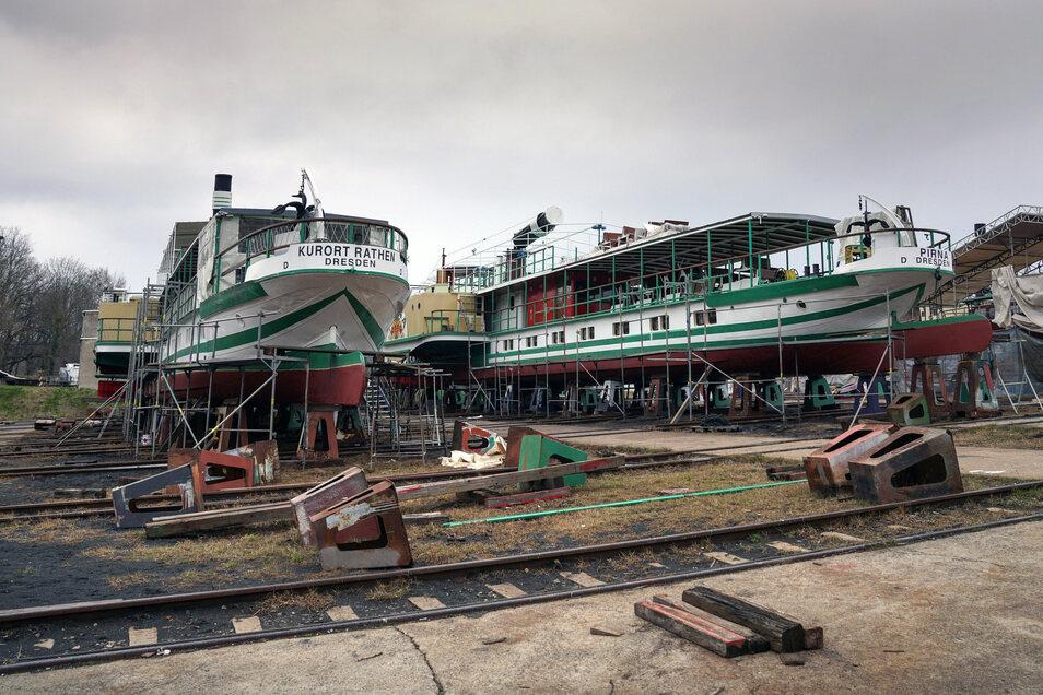Die Slipanlage, auf der Schiffe aus dem Wasser geholt werden können, ist das Herz der Werft, sagt Spielvogel.