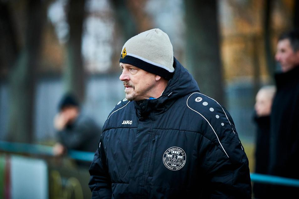 """""""Es gibt derzeit wichtigere Fragen als Gerechtigkeit beim Auf- und Abstieg"""" sagt Uwe Rahle, Trainer des SV Wesenitztal."""