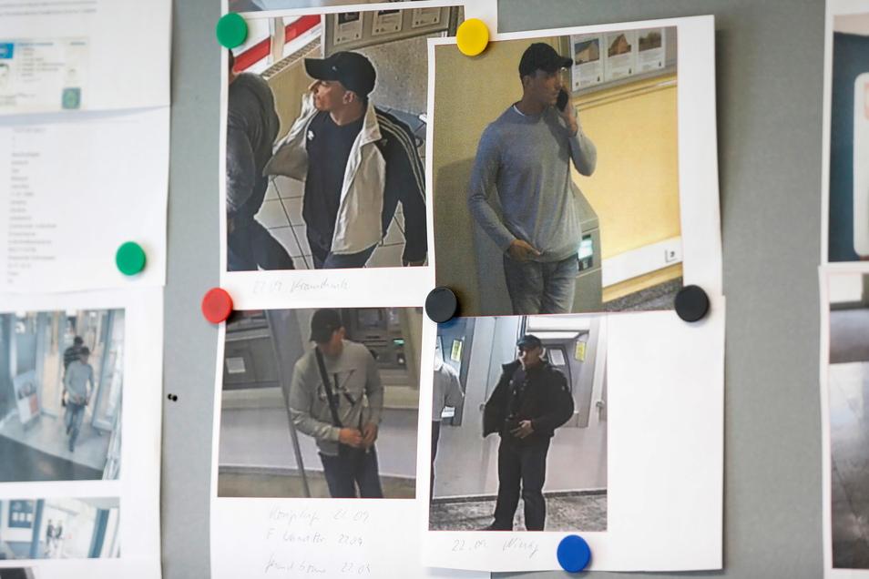 Die Fotos der Tatverdächtigen, die in den Kreises Bautzen und Görlitz Geldautomaten manipuliert hatten, hat Frank Lange an die Magnetwand in seinem Dienstzimmer gepinnt.